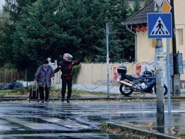 Motorcyclist Help
