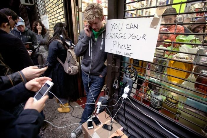 Phones Charged After Hurricane